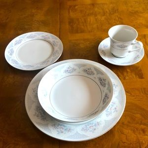 CCL3 by CHINA CLASSIC Place setting for one